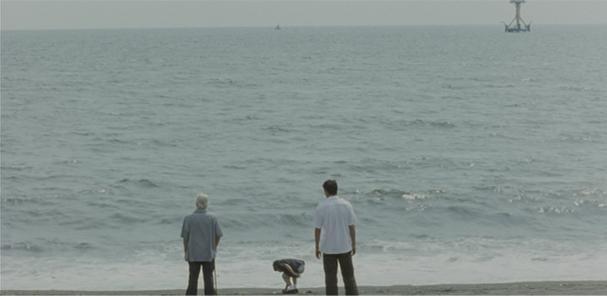 歩いても歩いても平塚海岸.jpg